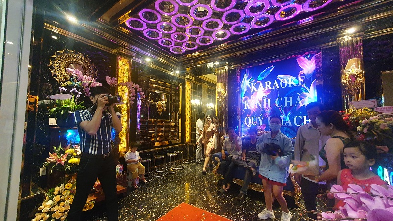 Sảnh lễ tân karaoke Phươc Hải