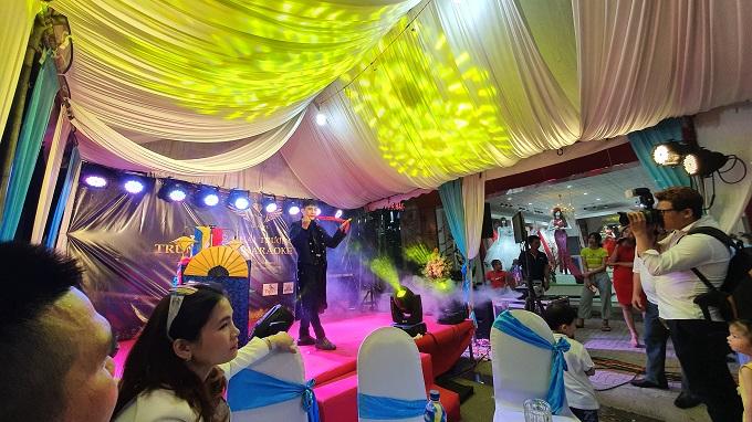 Khai trương karaoke Họa Mi