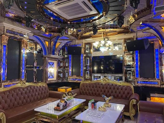 Phòng vip 8 karaoke idol
