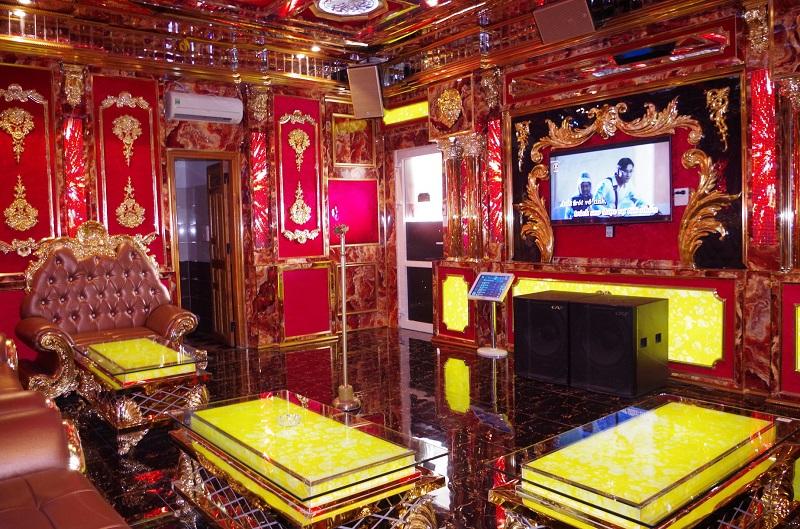 Phòng vip 12 karaoke Paris By Night